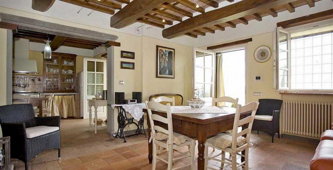 Средиземноморский стиль в интерьере гостиной 2
