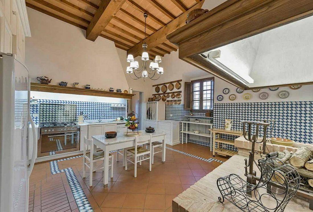 Средиземноморский стиль в интерьере загородного дома 3