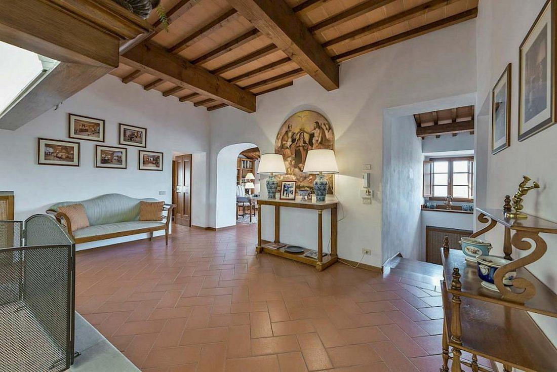 Средиземноморский стиль в интерьере загородного дома 4