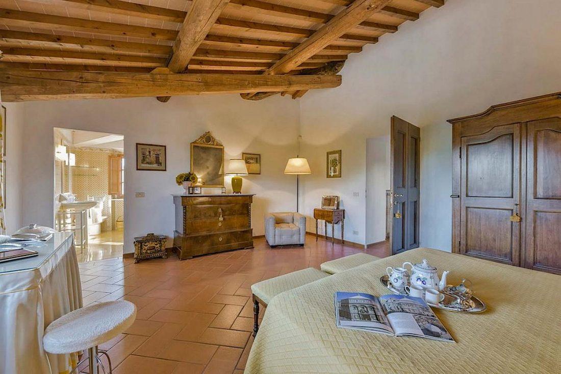 Средиземноморский стиль в интерьере загородного дома 7
