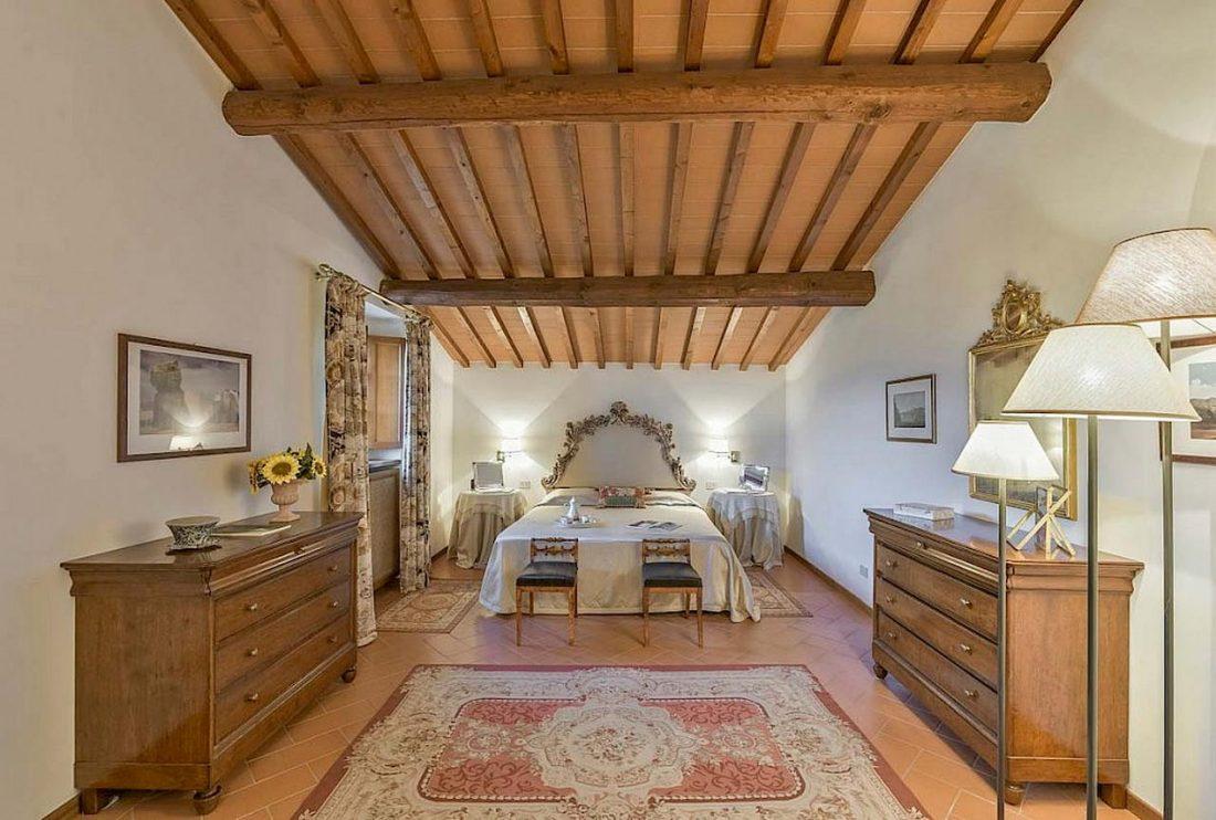 Средиземноморский стиль в интерьере загородного дома 8
