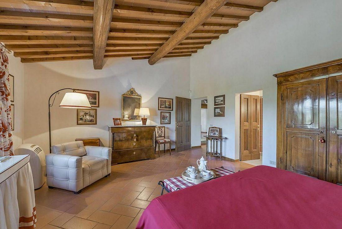Средиземноморский стиль в интерьере загородного дома 9