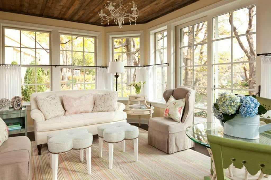 Decorating a shabby chic living room