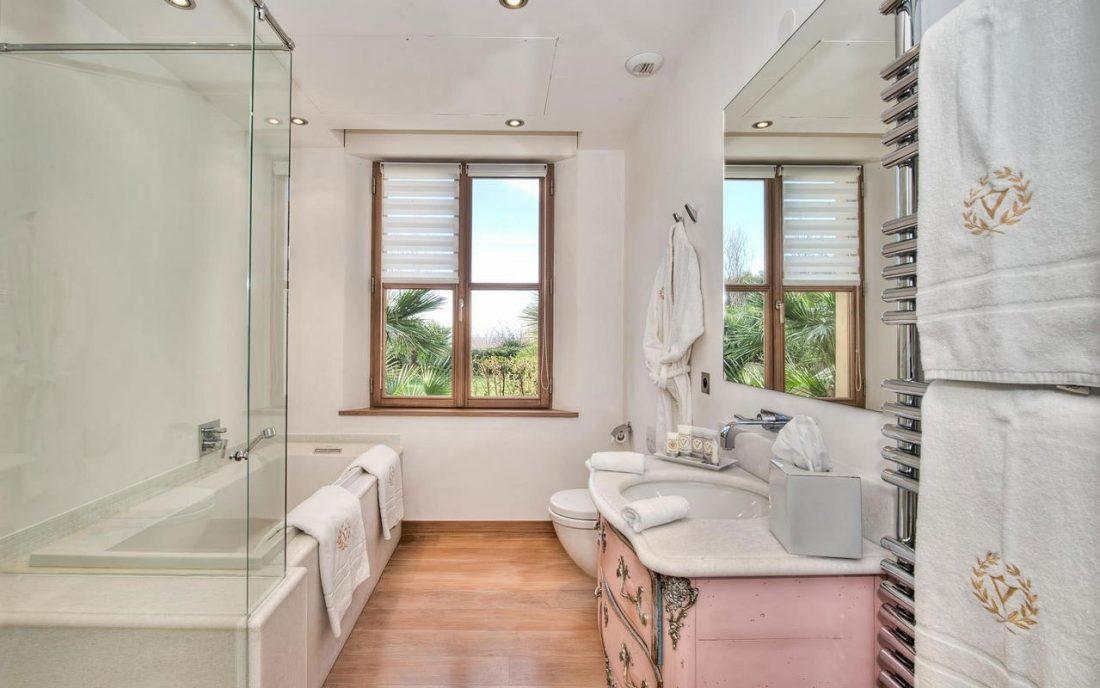 Стиль шебби-шик в ванной комнате 4