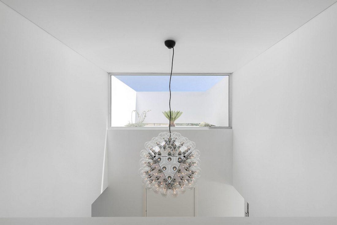 Дом из 5 террас и сада по проекту студии Corpo Atelier 14