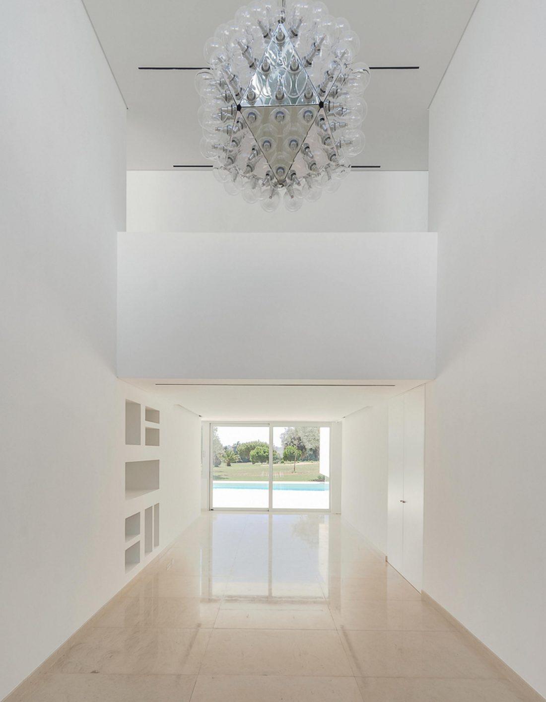 Дом из 5 террас и сада по проекту студии Corpo Atelier 20