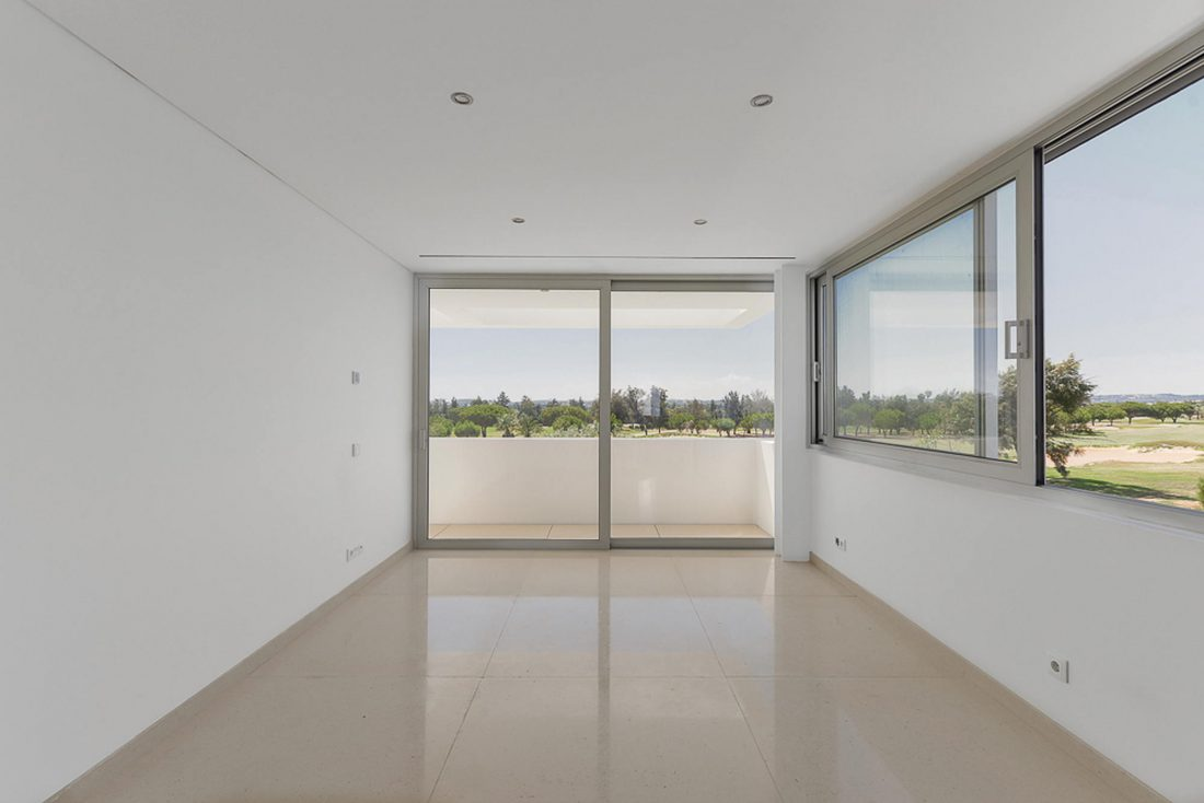 Дом из 5 террас и сада по проекту студии Corpo Atelier 30