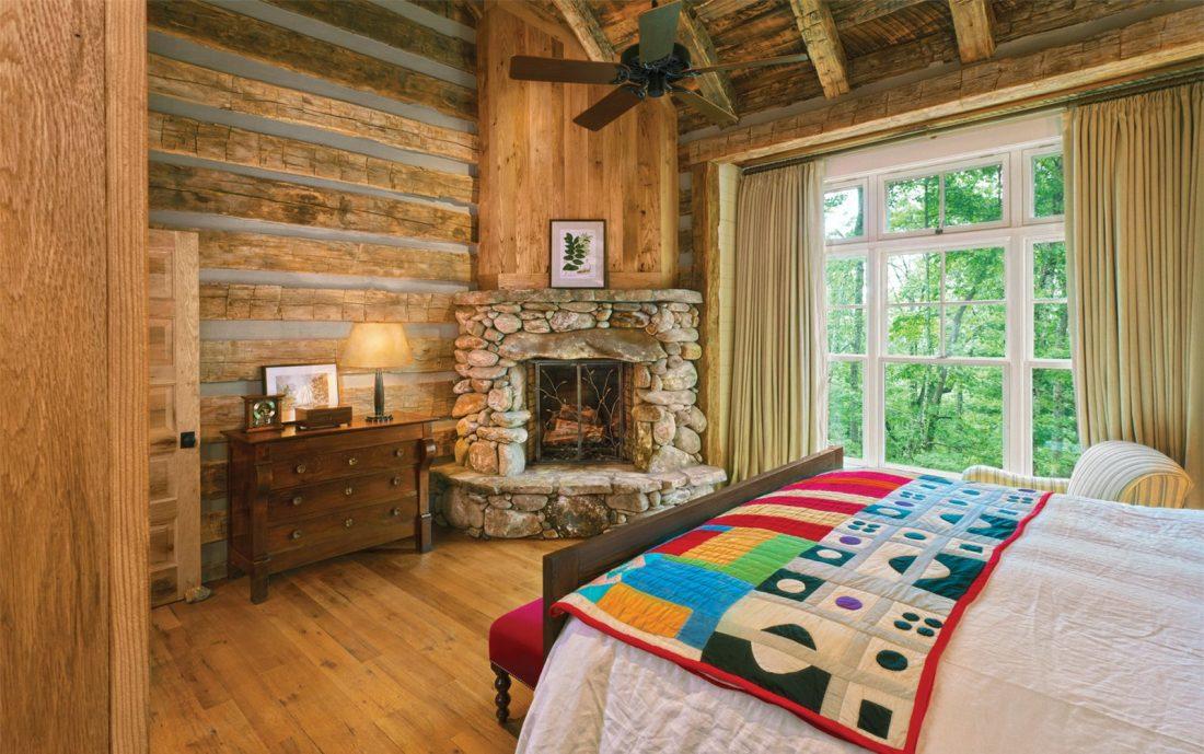 Кантри стиль в интерьере спальни — камин