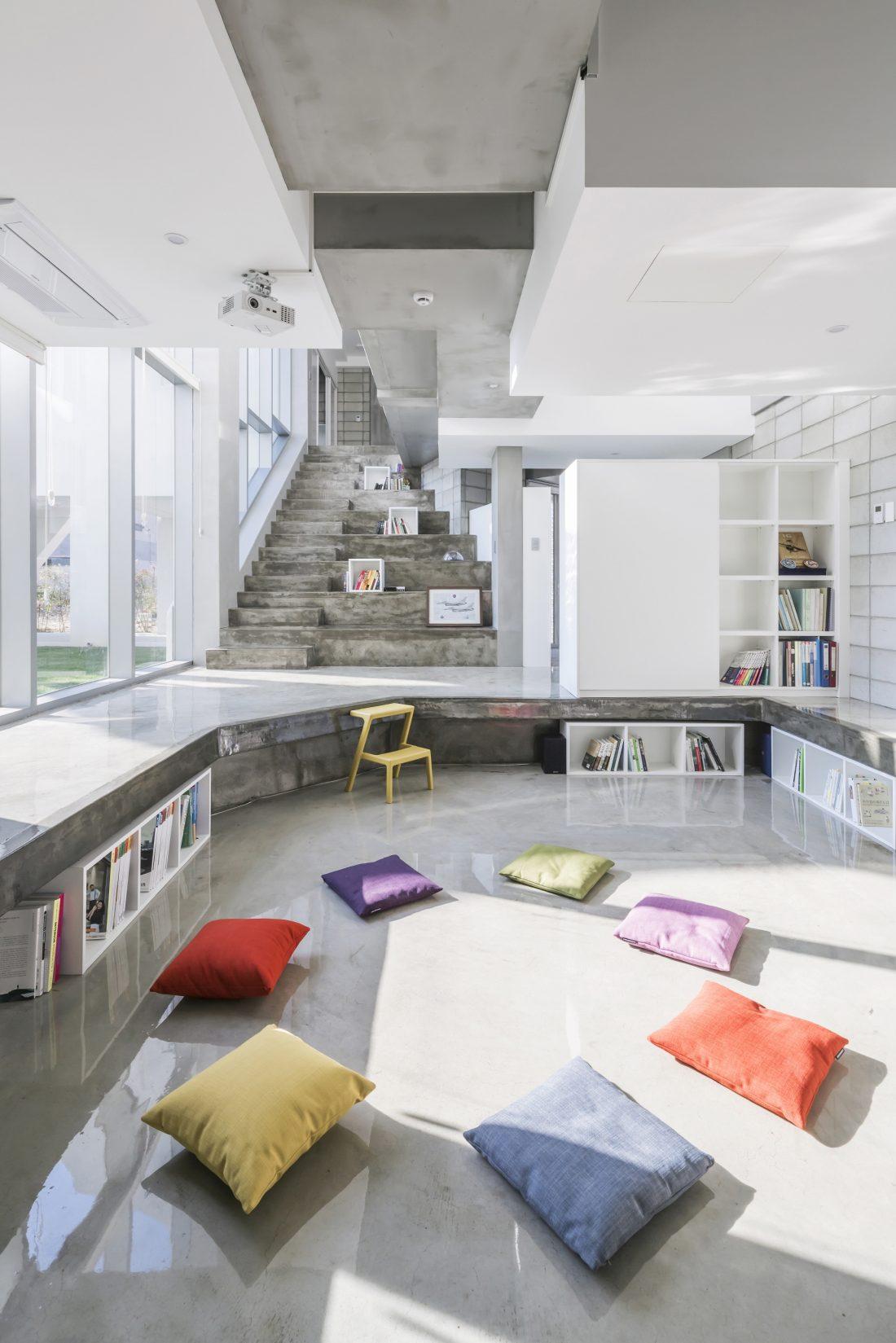 Летающий дом от студии IROJE KHM Architects 18