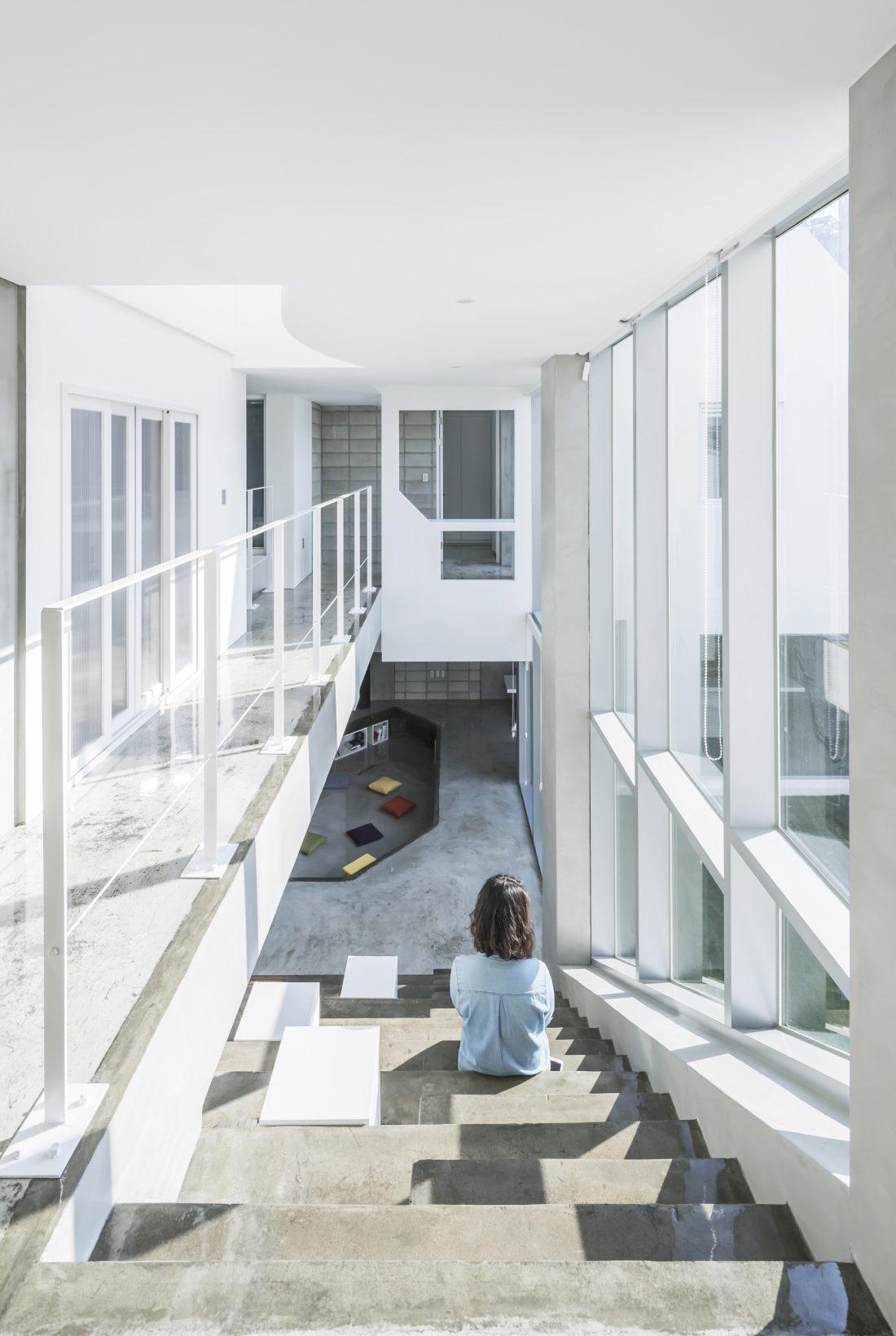 Летающий дом от студии IROJE KHM Architects 19
