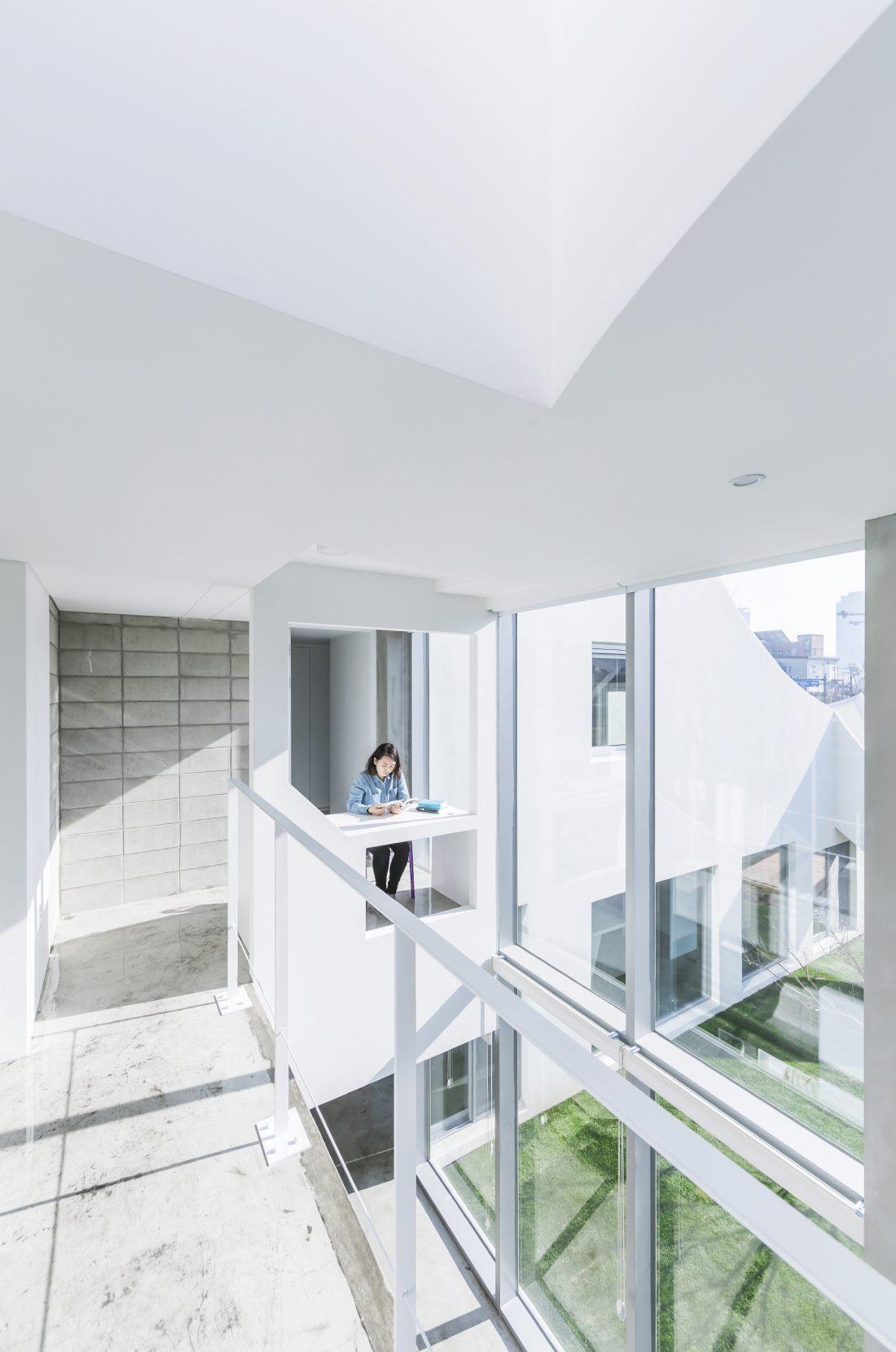Летающий дом от студии IROJE KHM Architects 22