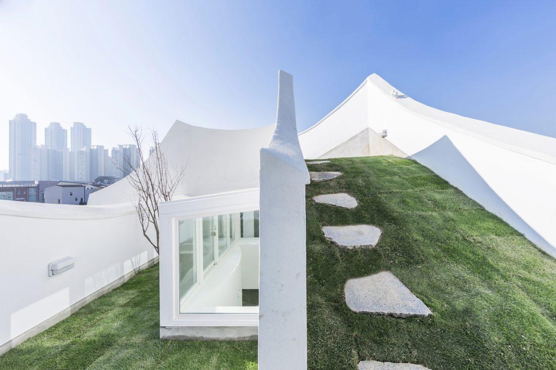 Летающий дом от студии IROJE KHM Architects 23