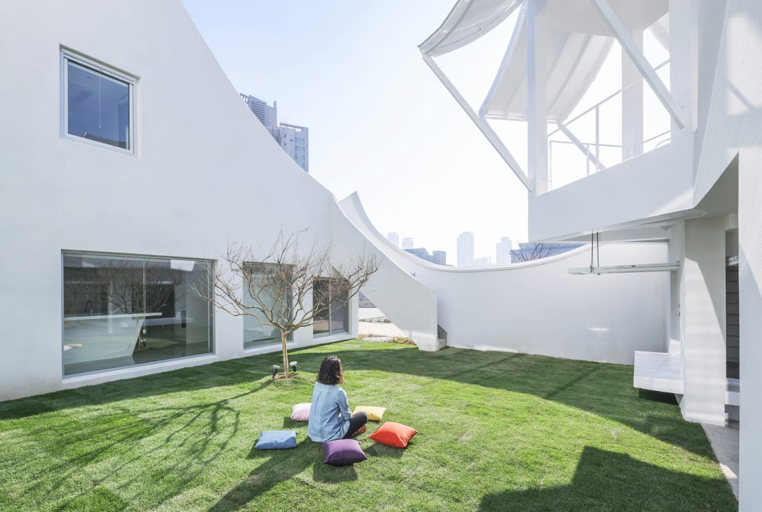 Летающий дом от студии IROJE KHM Architects 4