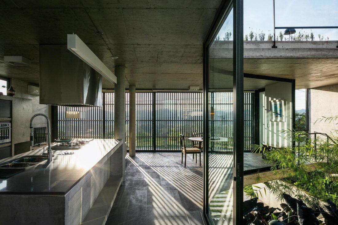 Проект LEnS House от студии Obra Arquitetos 12