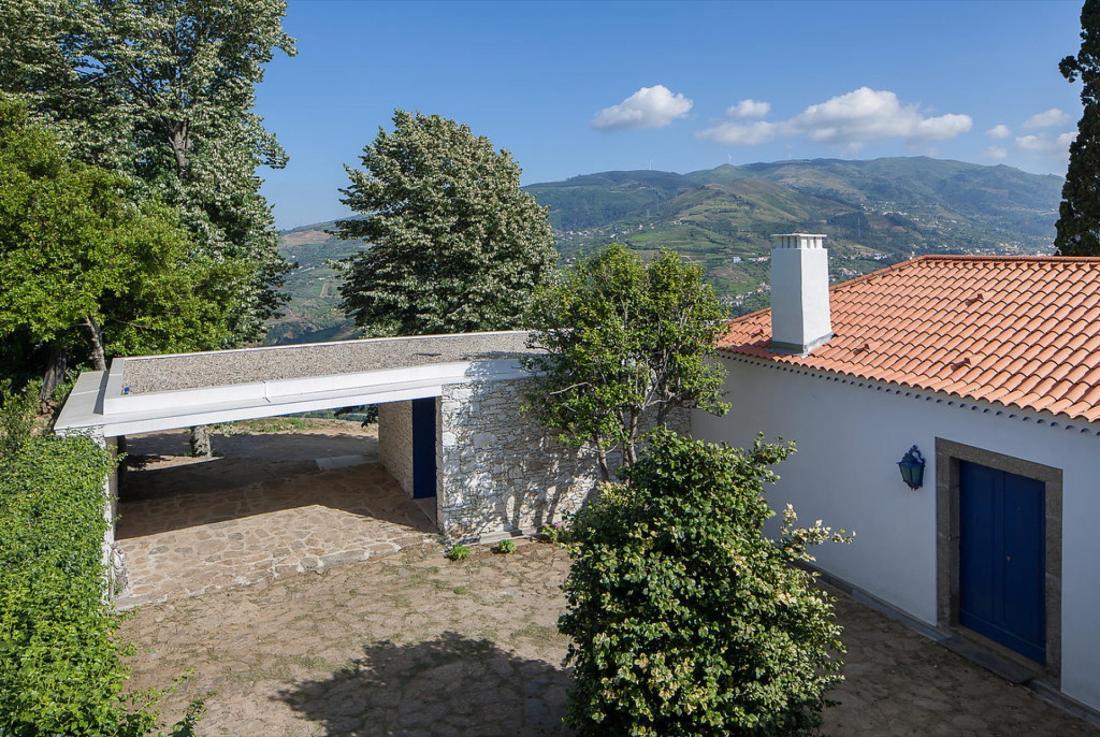 Дом Quinta da Boavista в Португалии – проект студии SAMF Arquitectos 13