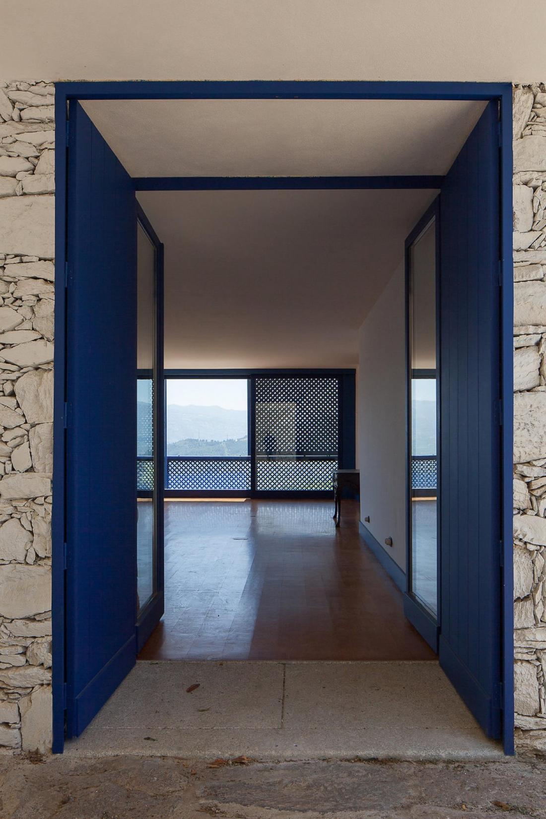 Дом Quinta da Boavista в Португалии – проект студии SAMF Arquitectos 8