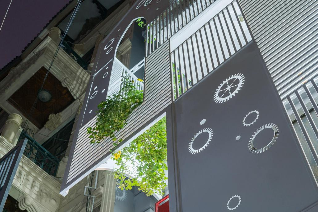 Дом-щит от студии Landmak Architecture 12