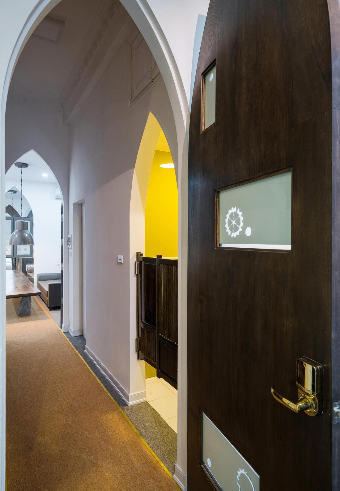 Дом-щит от студии Landmak Architecture 13