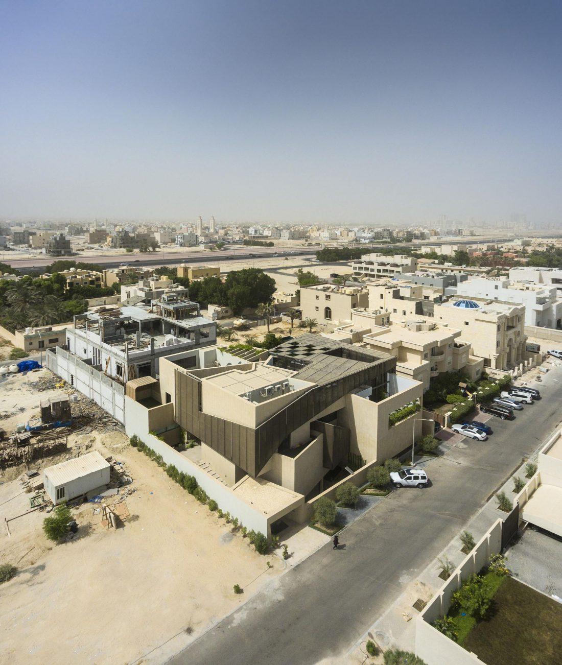Дом трех садов в Кувейте от студии AGi architects 13