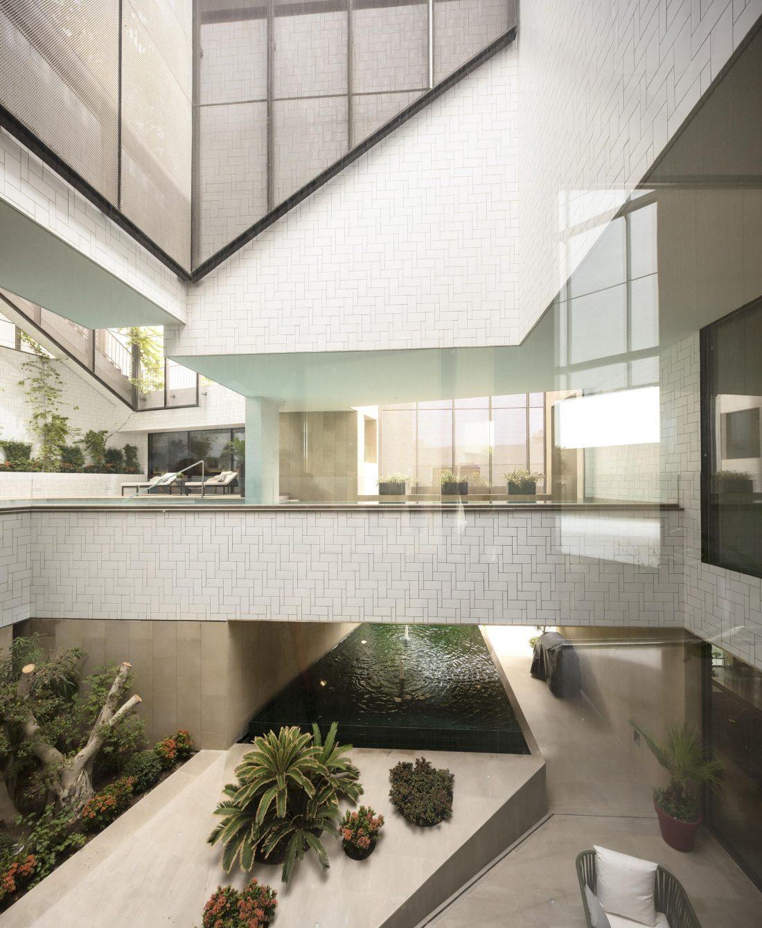Дом трех садов в Кувейте от студии AGi architects 33