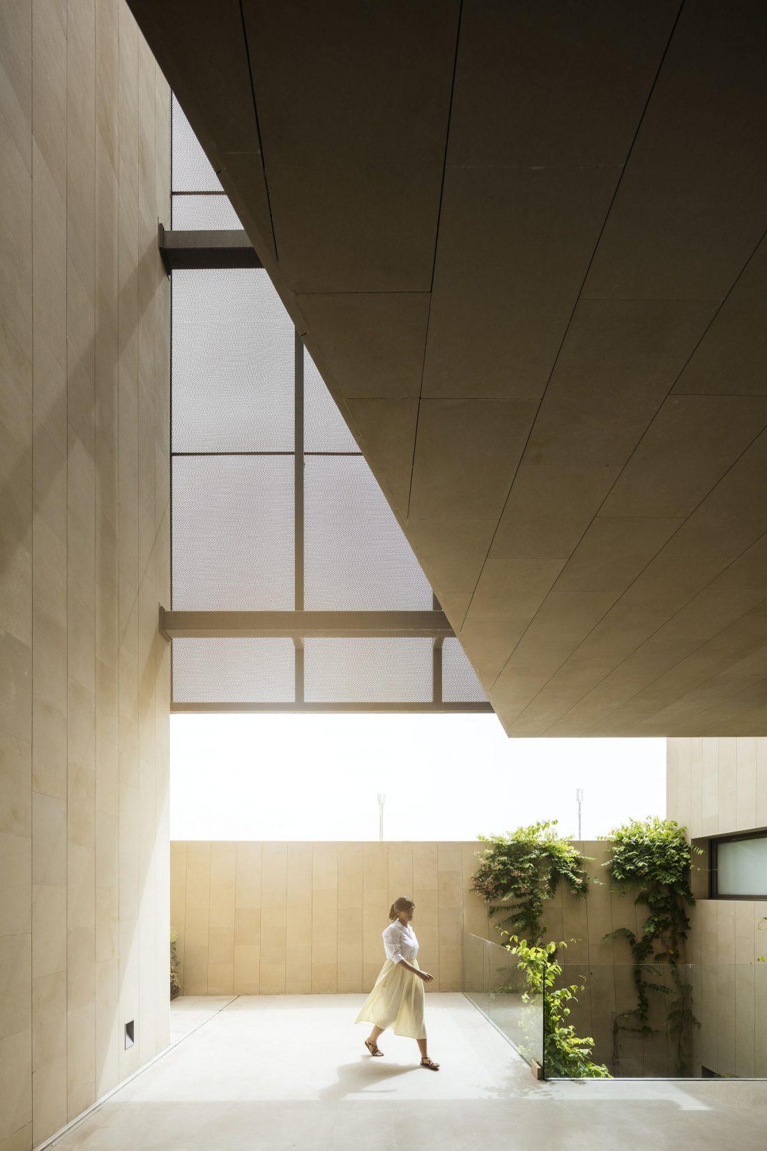 Дом трех садов в Кувейте от студии AGi architects 48