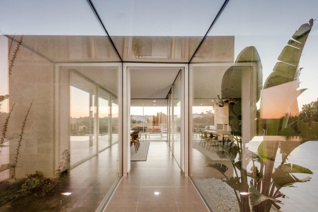 Дом в Обидуше, Португалия, от студии RSM arquitecto и Russell Jones Architects 15