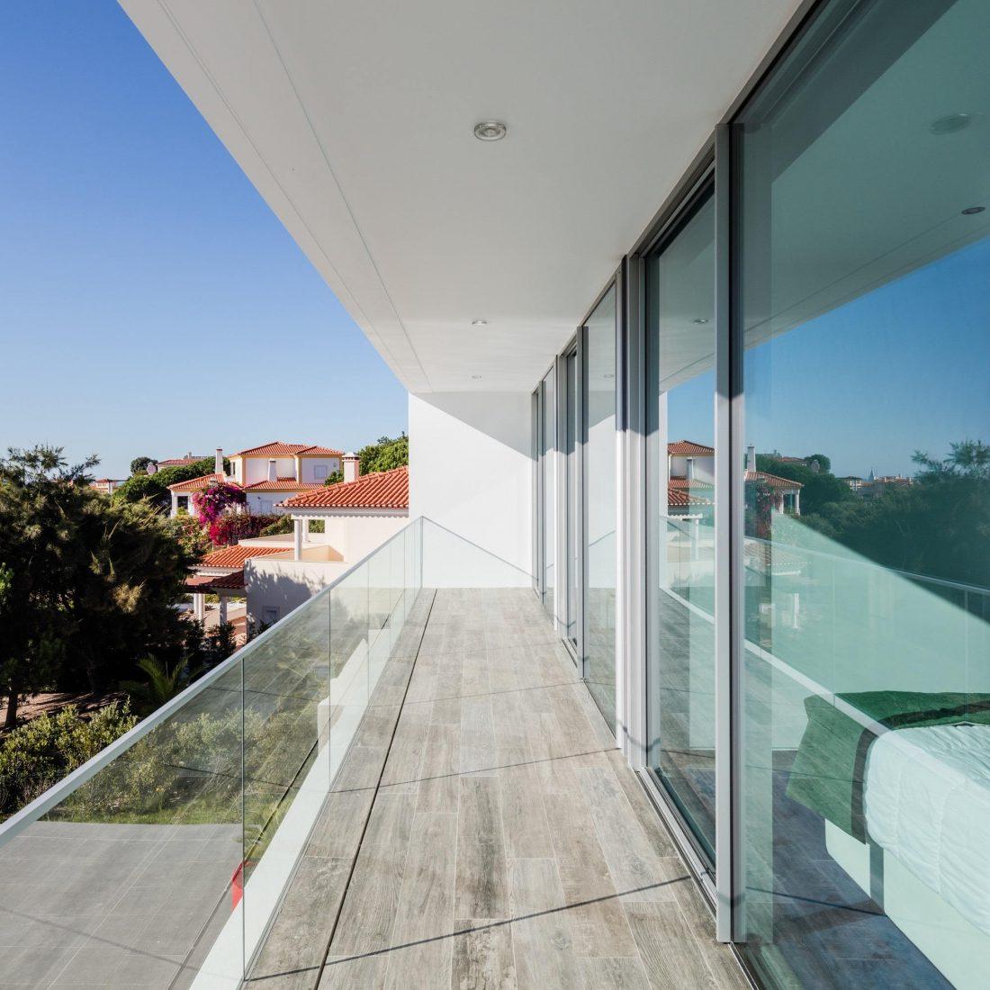 Дом в Обидуше, Португалия, от студии RSM arquitecto и Russell Jones Architects 19