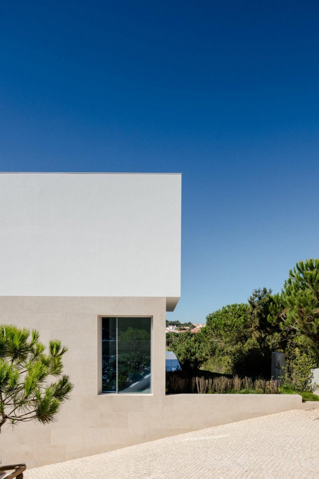 Дом в Обидуше, Португалия, от студии RSM arquitecto и Russell Jones Architects 21