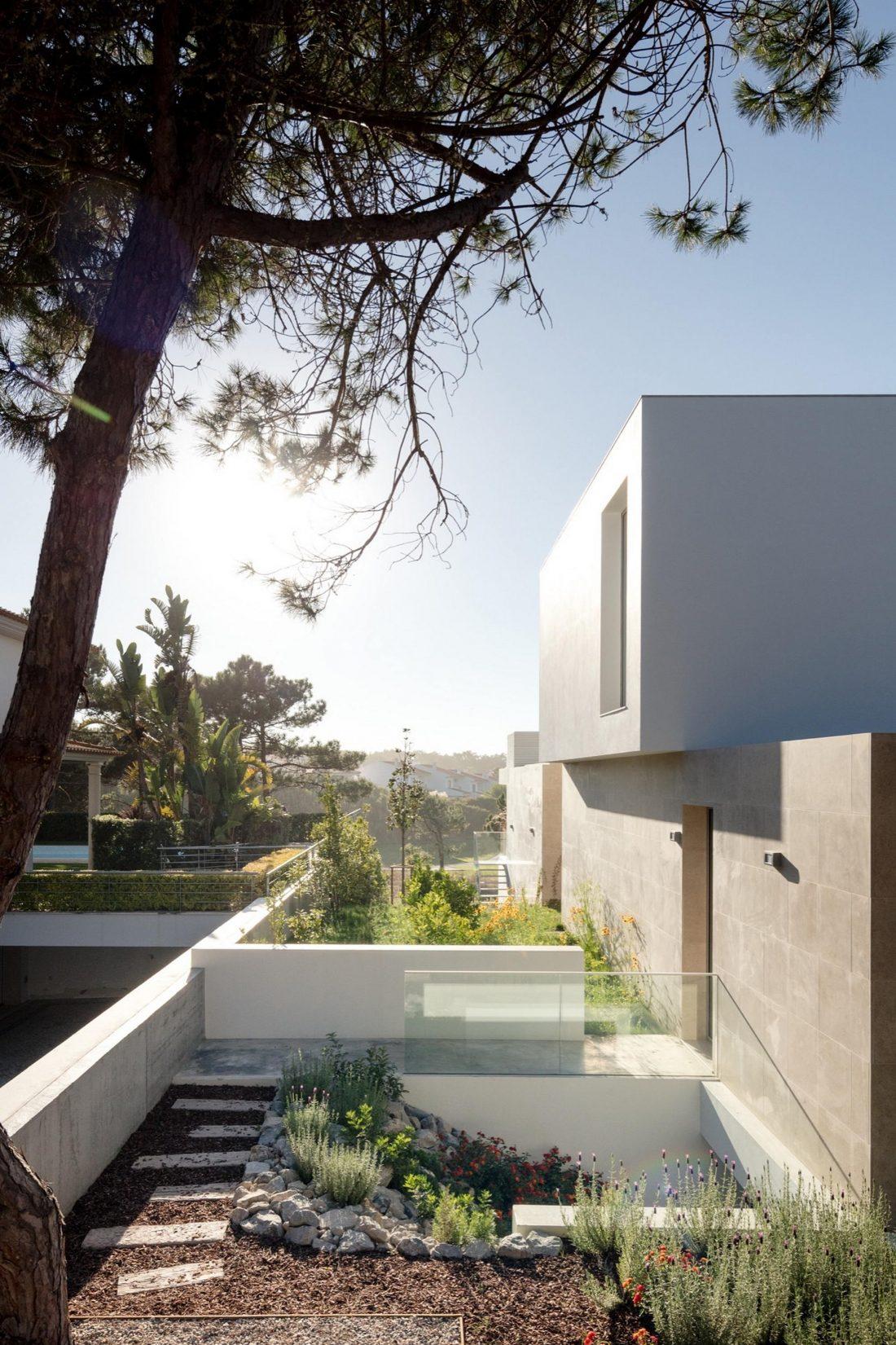 Дом в Обидуше, Португалия, от студии RSM arquitecto и Russell Jones Architects 22