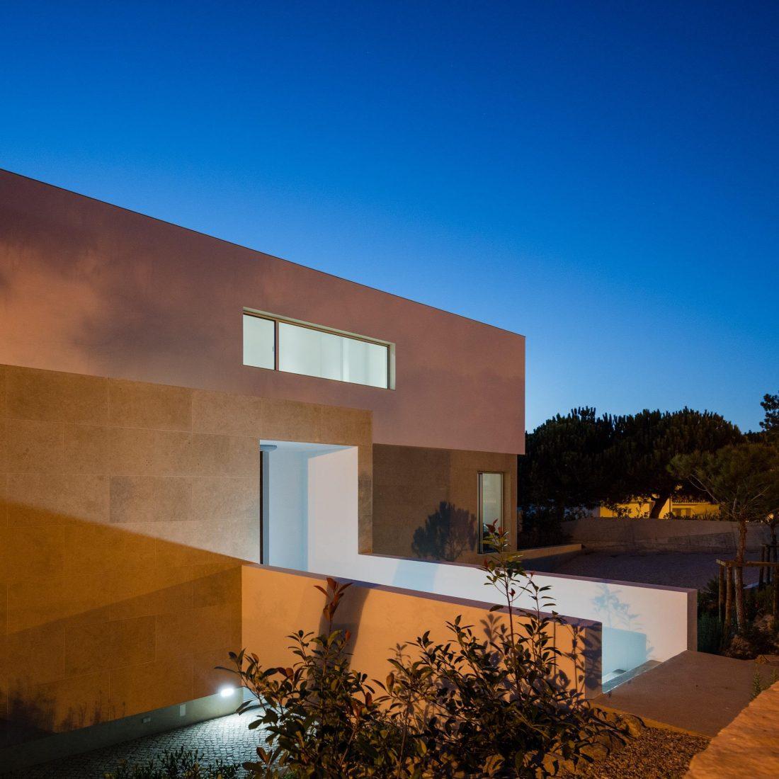 Дом в Обидуше, Португалия, от студии RSM arquitecto и Russell Jones Architects 23