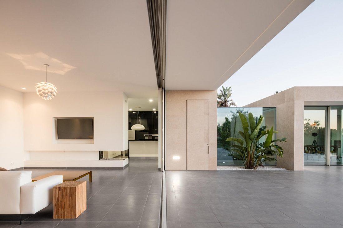 Дом в Обидуше, Португалия, от студии RSM arquitecto и Russell Jones Architects 25