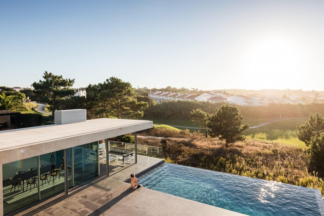 Дом в Обидуше, Португалия, от студии RSM arquitecto и Russell Jones Architects 27