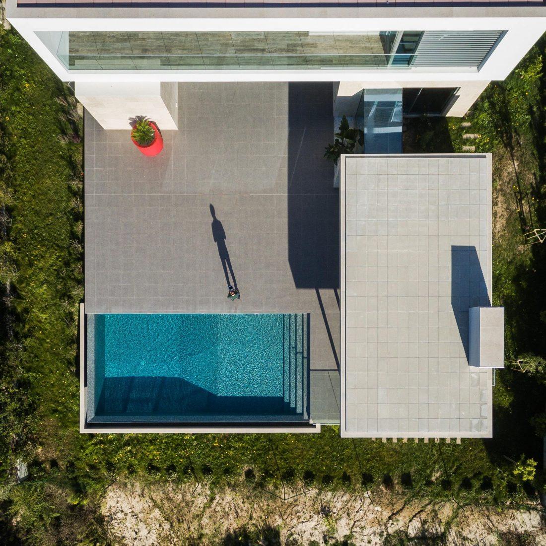 Дом в Обидуше, Португалия, от студии RSM arquitecto и Russell Jones Architects 8