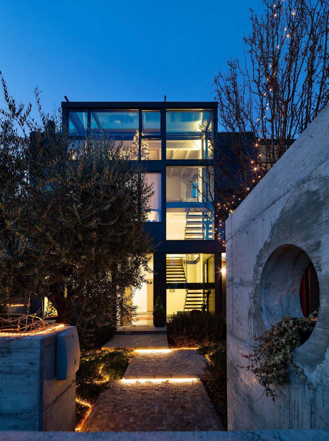 Дом в Порденоне, Италия, от студии Caprioglio Associati Architects 1