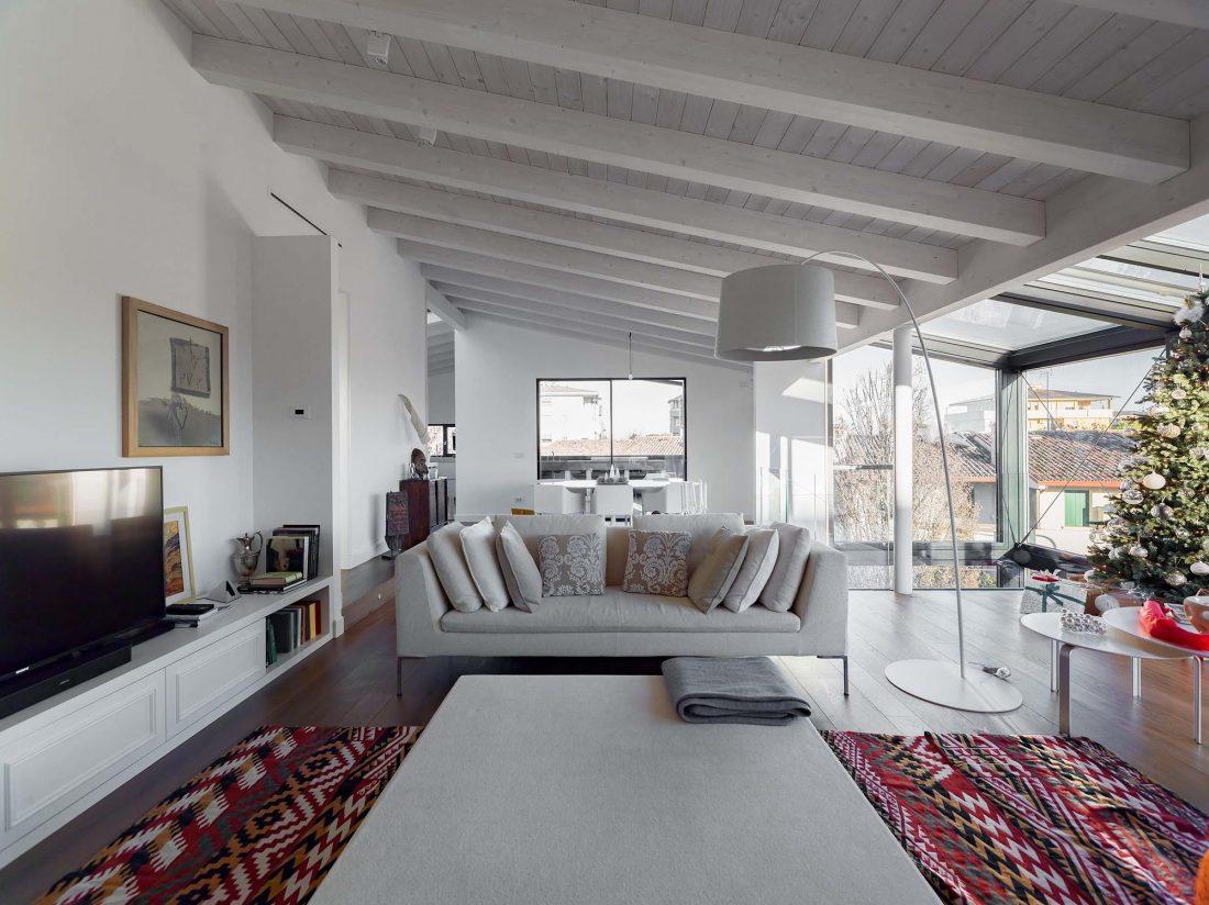 Дом в Порденоне, Италия, от студии Caprioglio Associati Architects 11