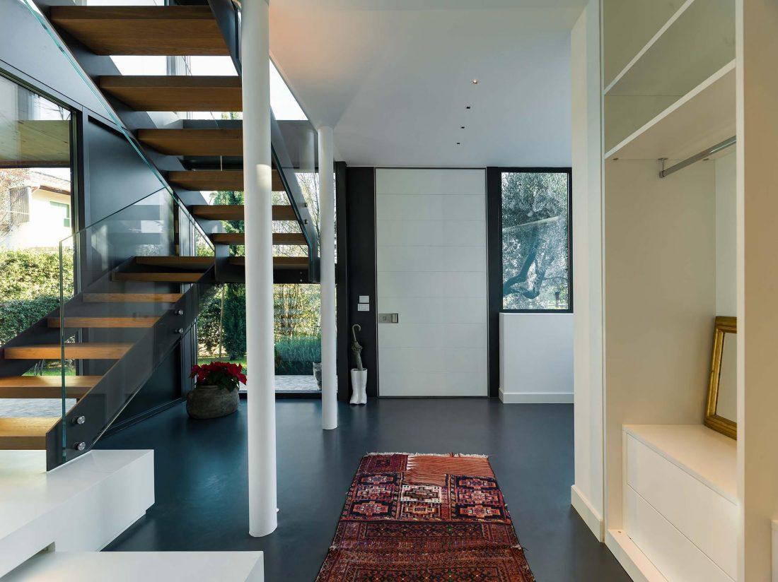 Дом в Порденоне, Италия, от студии Caprioglio Associati Architects 27