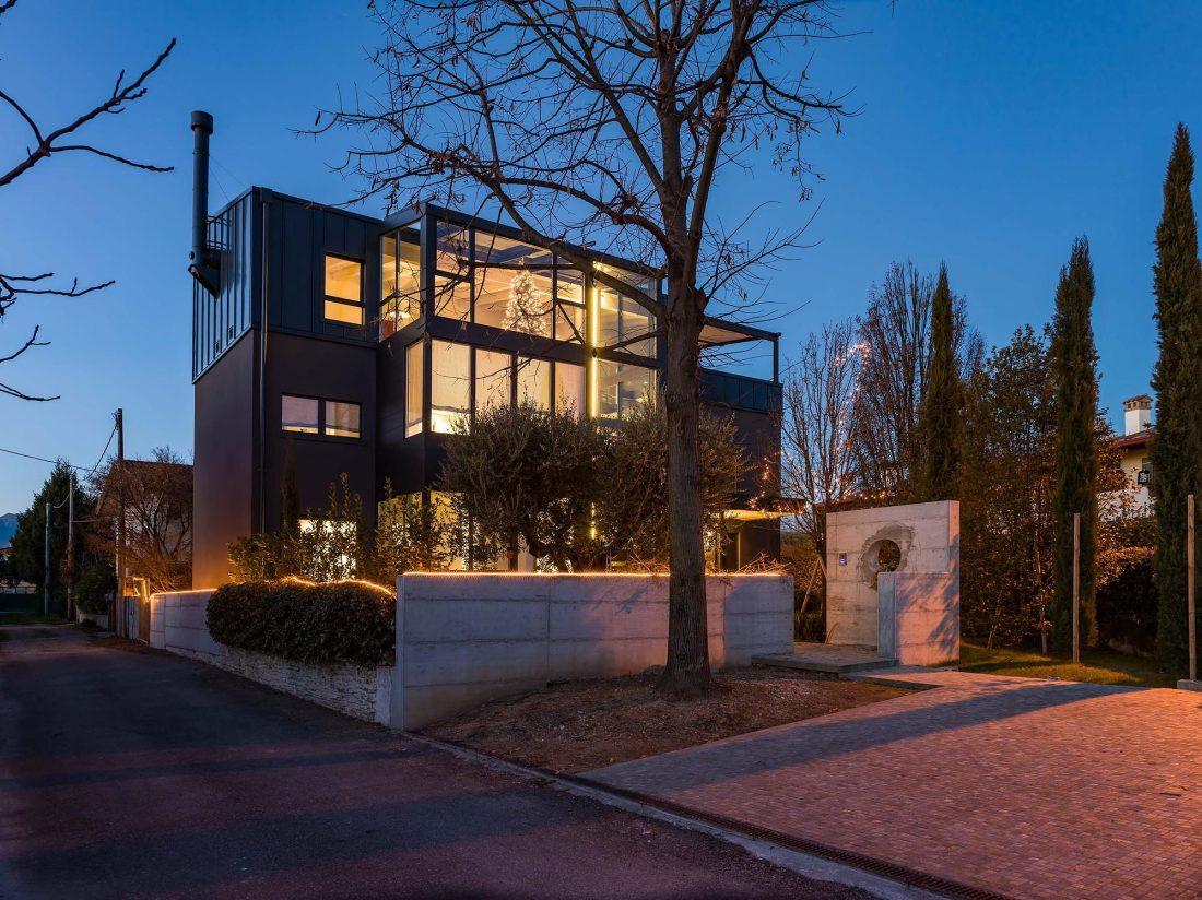 Дом в Порденоне, Италия, от студии Caprioglio Associati Architects 29