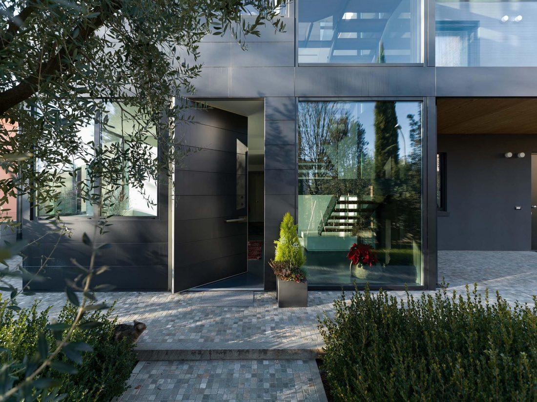 Дом в Порденоне, Италия, от студии Caprioglio Associati Architects 35
