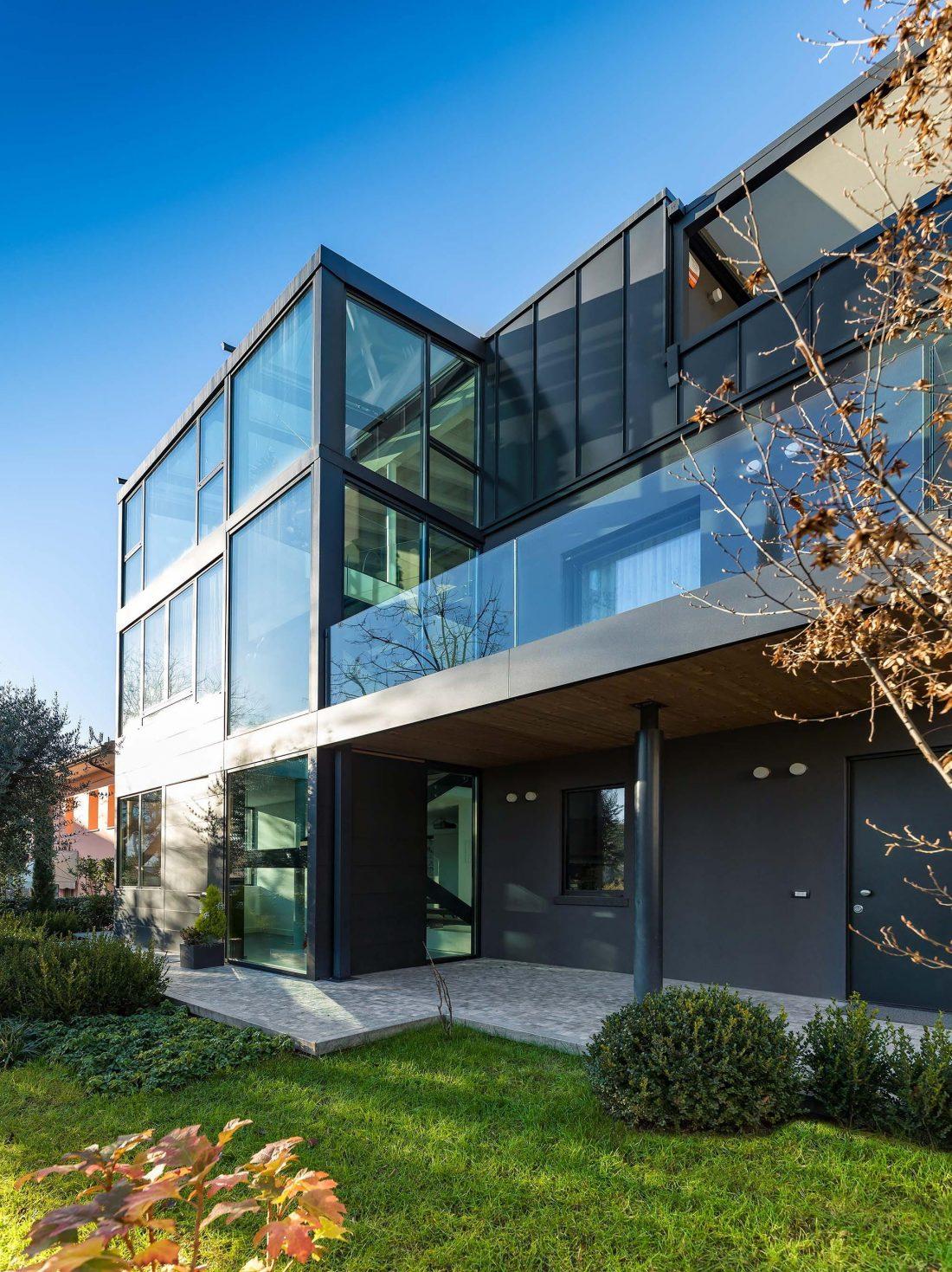 Дом в Порденоне, Италия, от студии Caprioglio Associati Architects 8