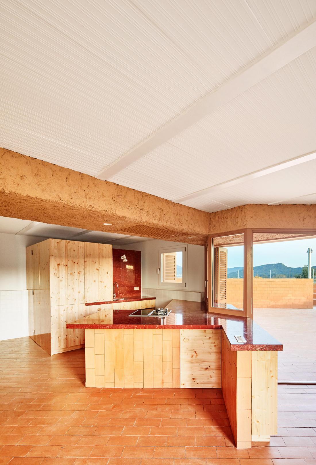 Реконструкция фермерского дома в Испании от студии Arquitectura–G 13
