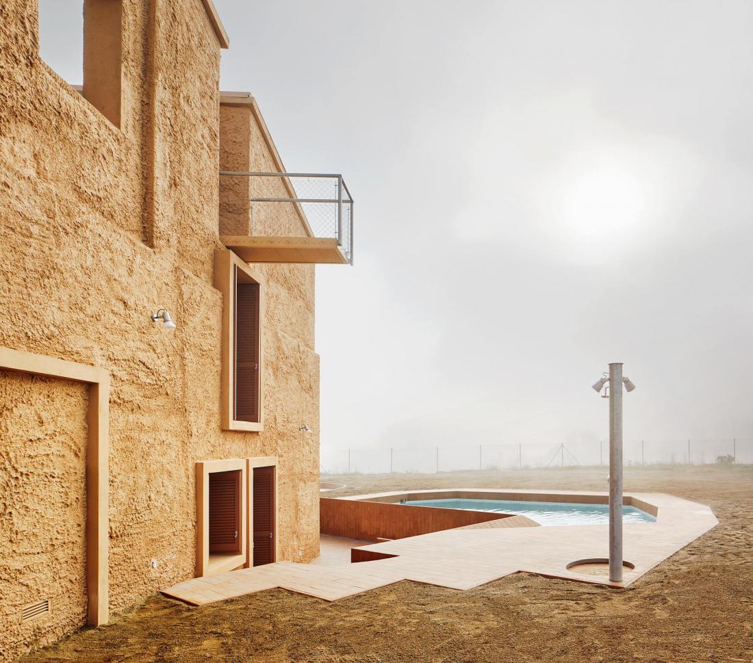 Реконструкция фермерского дома в Испании от студии Arquitectura–G 19