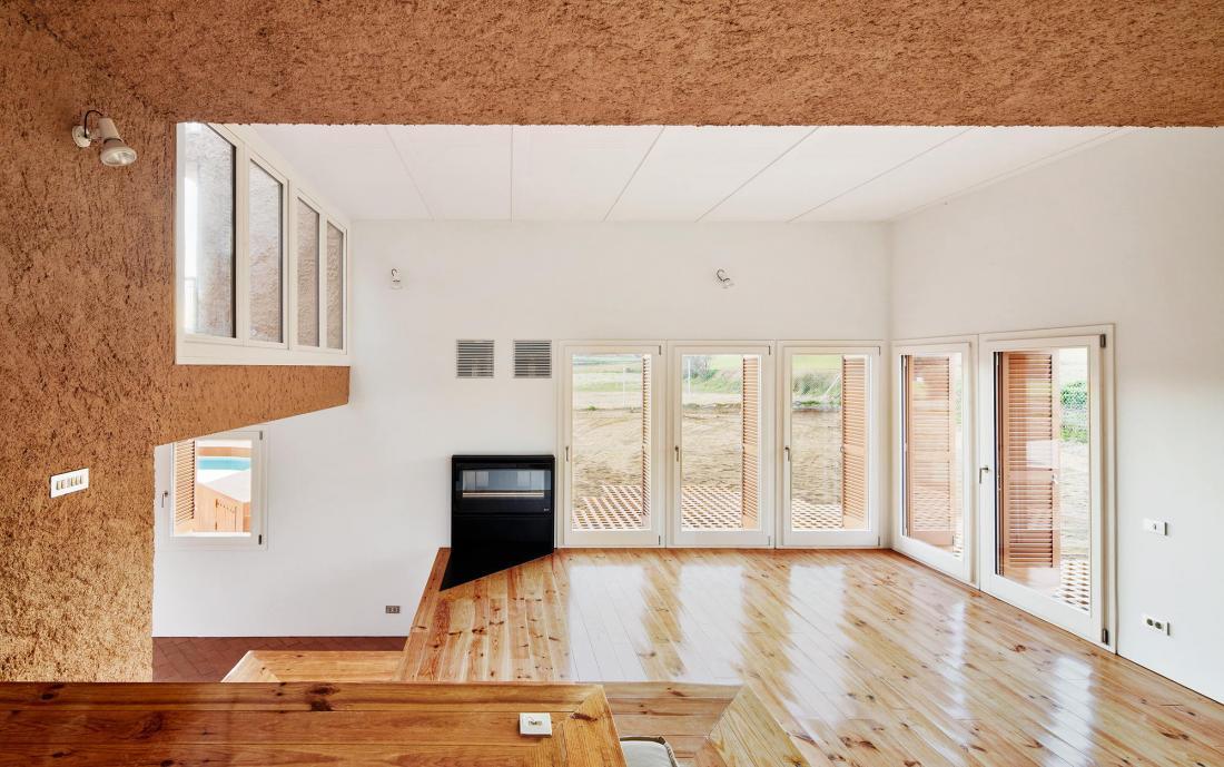 Реконструкция фермерского дома в Испании от студии Arquitectura–G 2