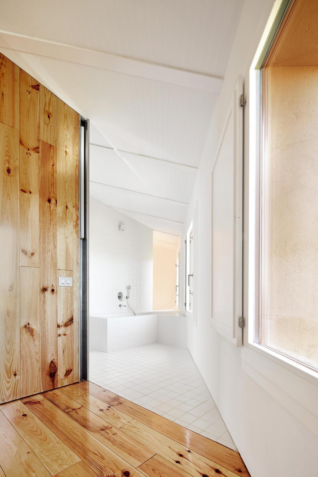 Реконструкция фермерского дома в Испании от студии Arquitectura–G 3