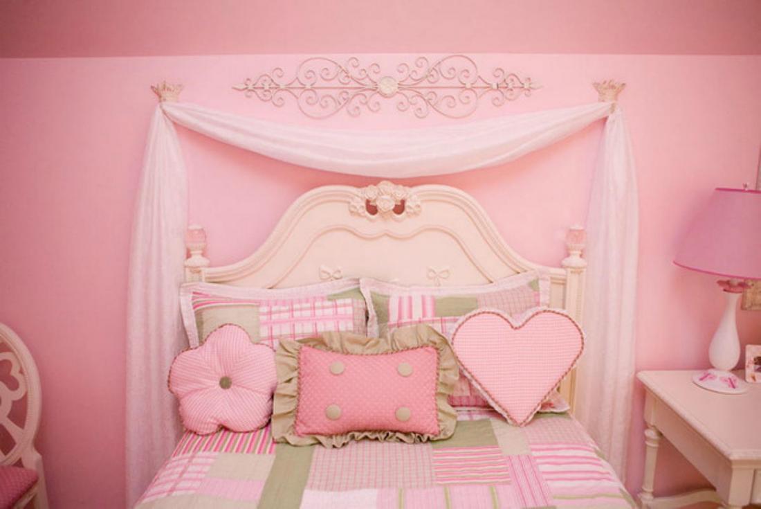Спальня в розовых тонах — для романтических натур 13