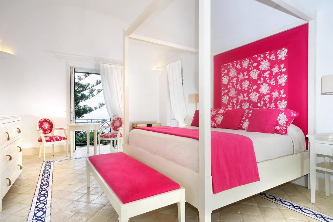 Спальня в розовых тонах — для романтических натур 22