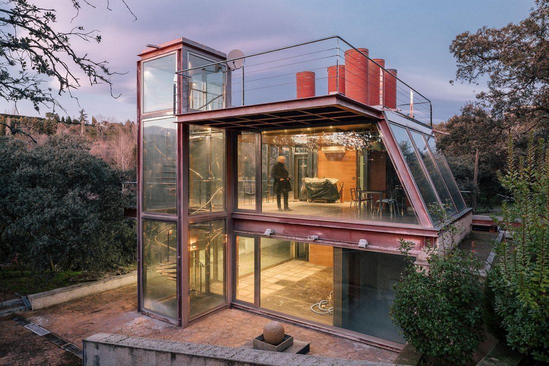 Стеклянный дом в лесу по проекту студии PENELAS ARCHITECTS 12