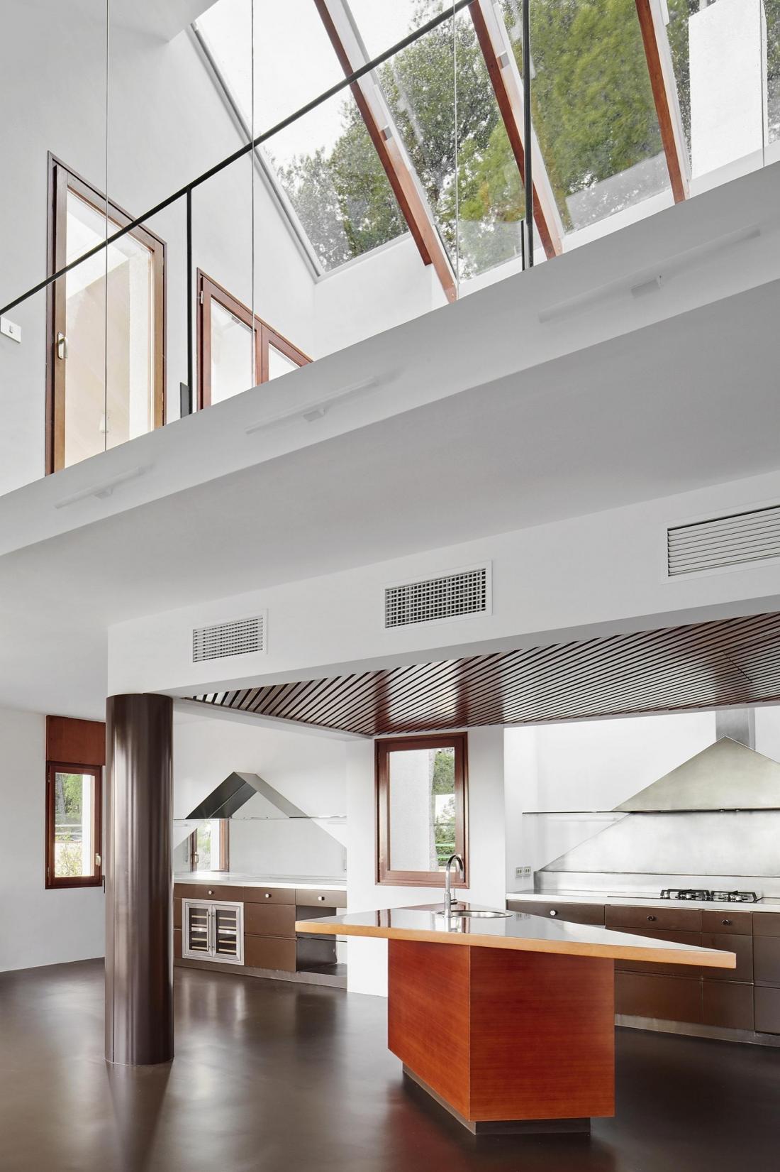Реконструкция виллы в Кастельдефельс от студии ARQUITECTURA-G 1