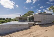 Дом в дюнах Аргентины от ателье Luciano Kruk 1