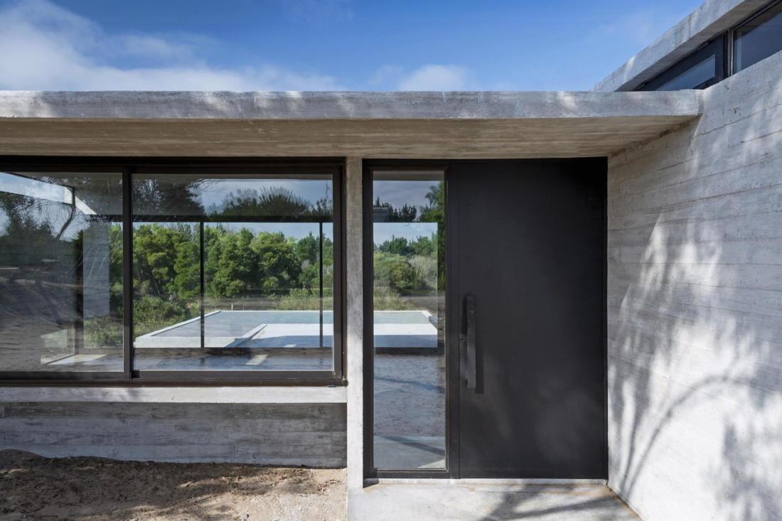 Дом в дюнах Аргентины от ателье Luciano Kruk 10