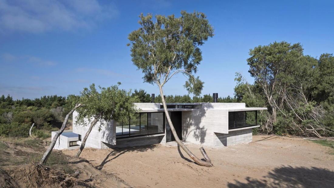 Дом в дюнах Аргентины от ателье Luciano Kruk 6